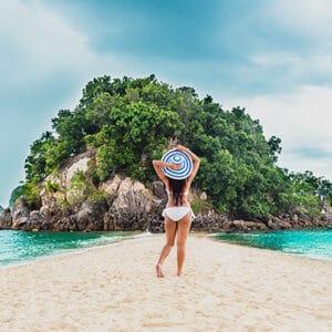 โปรแกรมทัวร์เที่ยวเพจเกจทัวร์ 1 วัน จ.กระบี่ ทะเลแหวก 4 เกาะ